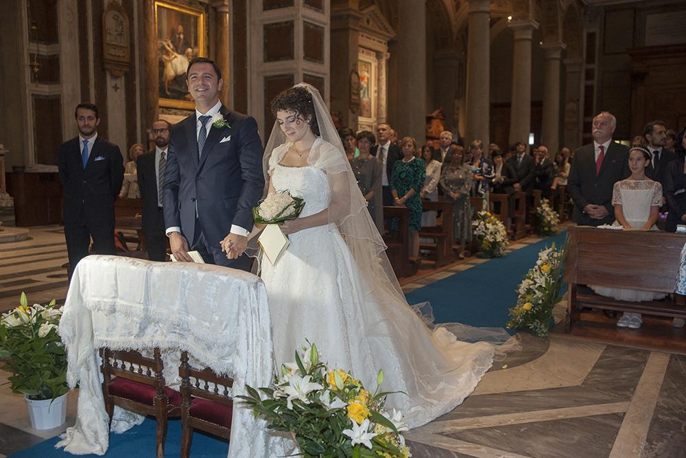 Prezzi Fotografo matrimonio Roma in stile reportage esclusivo, video matrimonio in FULL HD, riprese aeree matrimonio con drone, pacchetto economico