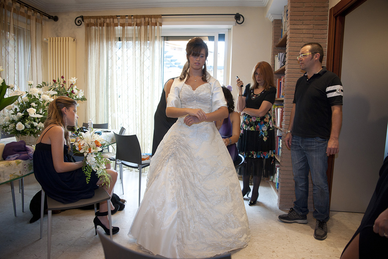 Fotografo matrimonio Roma economico, servizio fotografico per matrimoni e prematrimoniale, video e montaggio personalizzati Book per eventi